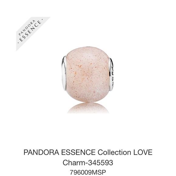 charms essence pandora